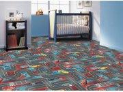 Dětský koberec Cars 3, rozměry 133 x 165 cm Koberce na hraní